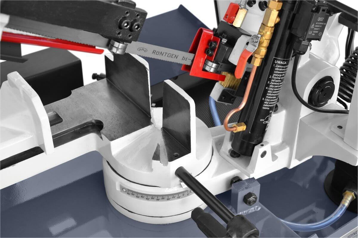 sierra-cinta-MC-BS-170-G-para-talleres-mantenimiento-carpinteria-estructura-metalica-03