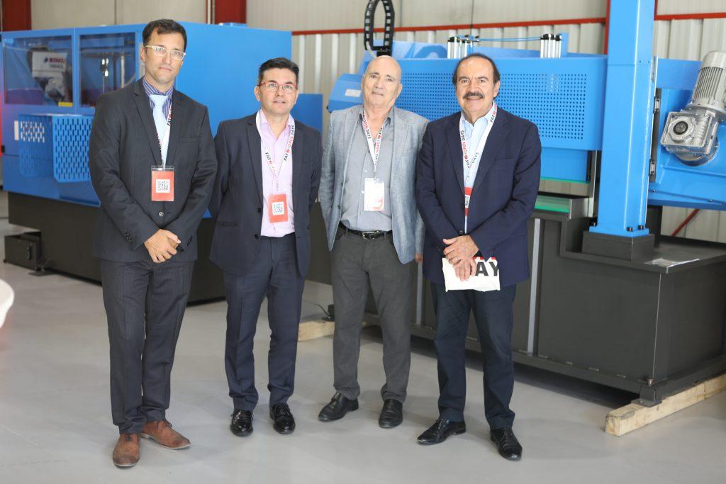 Carles Trullàs y Valentí Parera de FAT con los representantes de PiMEC Vallès Oriental